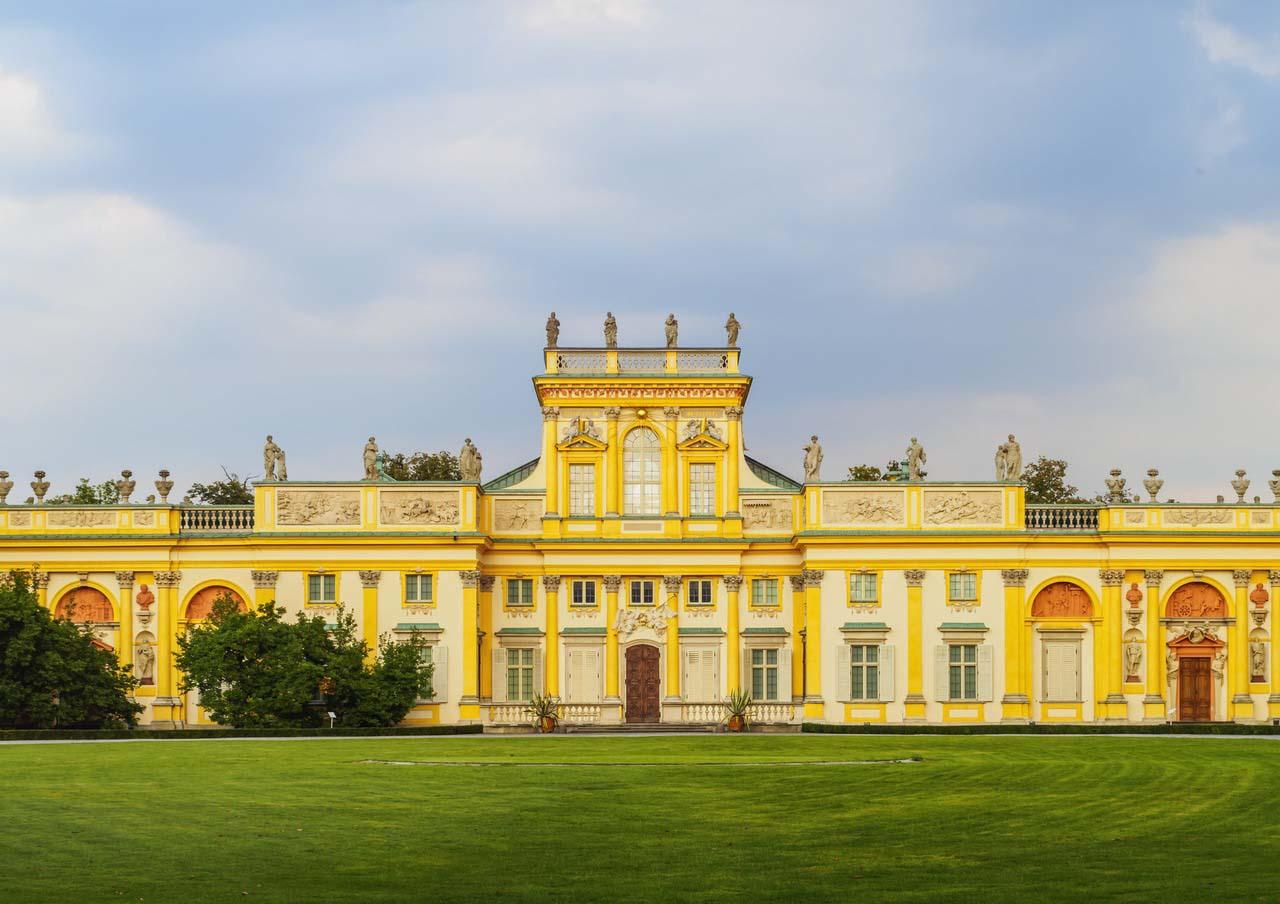 Pałac wWilanowie wycieczka szkolna pięciodniowa doWarszawy