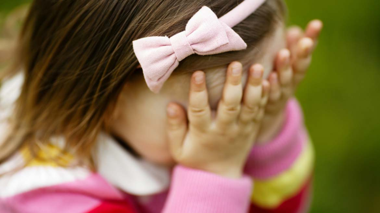 Nieśmiałki. Jak zaangażować dozabawy nieśmiałe dziecko?