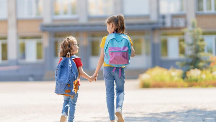 Adaptacja wszkole iprzedszkolu – jak wspierać dziecko?
