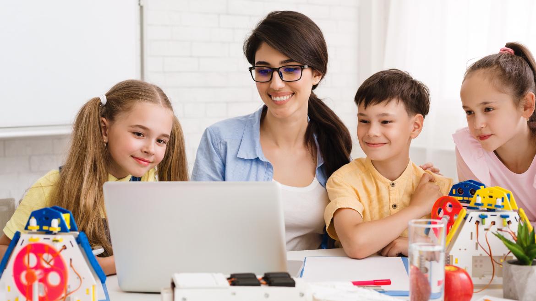 Powrót doszkoły! 5 pomysłów nazabawy integracyjne dla dzieci